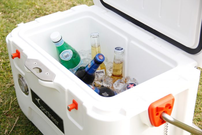 Cooler camping