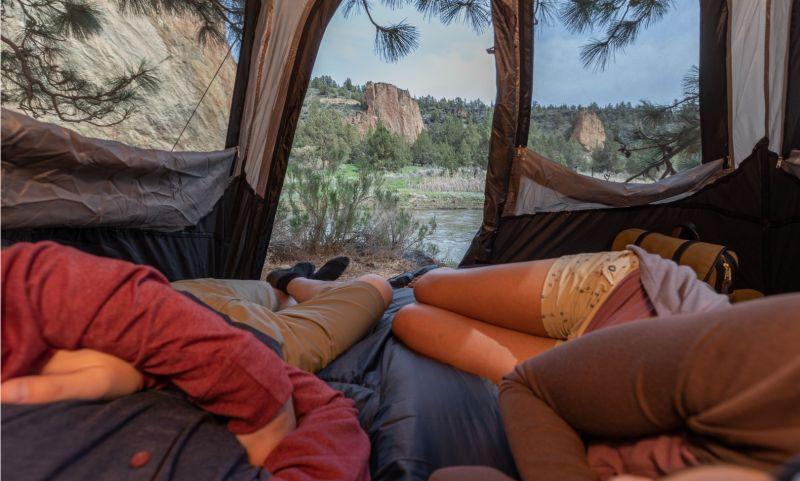Coleman 6 Person Instant Cabin Tent Ventilation
