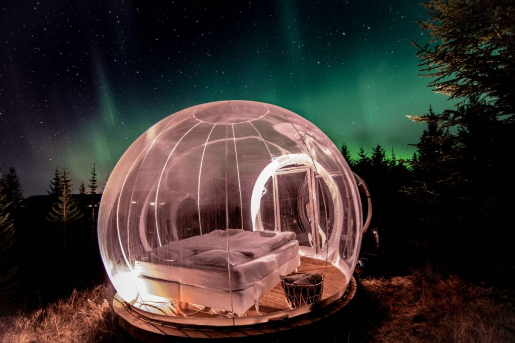 Northern Lights Bubble Tent